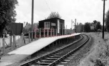 PHOTO  SR LANGSTON RAILWAY STATION 1960 VIEW ON THE HAYLING ISLAND BRANCH