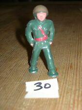 ca 1960'S BARCLAY DIMESTORE LEAD TOY MARCHING SOLDIER #30