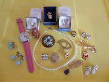 LOT COSTUME JEWELRY 18 Pieces Hello Kitty Watch Avon Brooches Pearl Earring