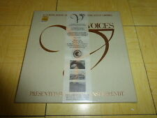 VOICES - A compilation of the World's Greatest Choirs 3 CD Box s (COFFRET NEUF)