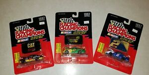 1997 Edition RACING champions 1/64 Premier Stock Car With Die Cast Emblem -...