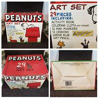 VINTAGE PEANUTS 29 PIECE ART SET IN SNOOPY DOG HOUSE (SUPPLY BOX WITH DRAWERS)