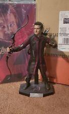 Hot Toys Marvel Avengers Age of Ultron - Hawkeye 1/6 Figure
