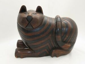 Vintage Hand Carved Wood Cat Statue w/ Hidden Jewelry Compartment Box