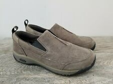 CHACO Men's Taupe Suede Slip On Walkers Sz 9 EUC Great Tread Nice Casual Look
