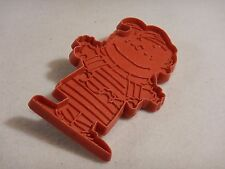 United Feature Syndicate ~LINUS Peanuts VINTAGE 1970's RED PLASTIC cookie cutter