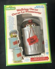 SESAME STREET WALKING OSCAR THE GROUCH - VINTAGE