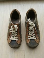 Awesome Vintage two-tone Green and Brown Dr. Martens Docs Lace-up Shoes