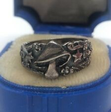 Vintage Sterling Silver Ring 925 Size 7 Band Mushroom Stars