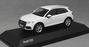 iScale Audi Q5 in Ibis White 5011605631 1/43 NEW