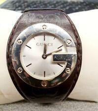 Orologio originale Gucci cinturino in pelle.