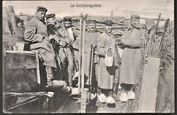 TRENCHES GERMAN EMPIRE 1918 (WOOD SHOES? UNCOMMON SCENE) WW1 ANTIQUE POSTCARD