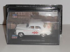 SIMCA COLLECTION. SIMCA ARONDE 1954 WHITE (GENEVIEVE ). magazines part works.W83