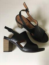 3858aec61ca3 Clark s Cushioned Black Peep Toe Leather Heels Size 7.5