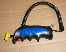 Carrera 1x Handregler Digital 124 132  funktionsfähig - gelber Drücker - anschau