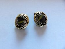 GORGEOUS, VINTAGE STRIPED GREEN GLASS OVAL FILIGREE C LIP ON EARRINGS 562-19