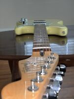 Fender Duo-Sonic Guitar Rare Canary Yellow