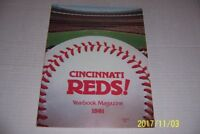 1981 CINCINNATI REDS Official Yearbook JOHNNY BENCH Tom SEAVER Concepcion Foster