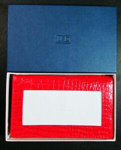 Needlecraft Supplies LEE'S NEEDLE ART Red Alligator Wallet w/Display Window-US58