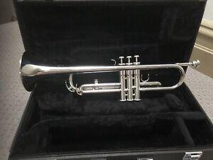 Yamaha B flat Trumpet