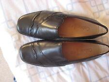 "Gabor Leather Court Shoes 1""heel  7 ½ H- Black  -  Unworn"