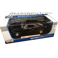 Maisto 1969 Dodge Charger R/T 1:18 Diecast Model Car Black