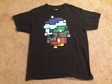 World of Minecraft THINK GEEK MINECRAFT T-SHIRT SIZE Large FREE SHIPPING!!!