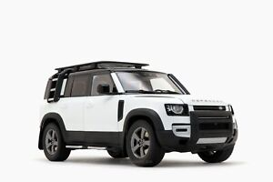 Land Rover Defender 110 2020 Fuji White 1:18 by Almost Real