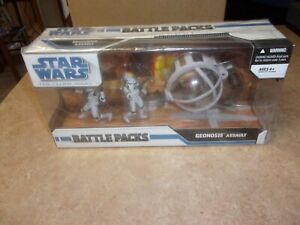 STAR WARS THE CLONE WARS BATTLE PACKS GEONOSIS ASSAULT 2009 MISB