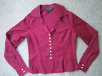 J. Peterman Blouse Shirt Top Berry Cotton Long Sleeve Size 4 Mother of Pearl