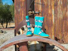New Womens UGG Johnna Graffiti Emerald Green Size US 7 UK 5.5 EU 38 Lace Up Boot