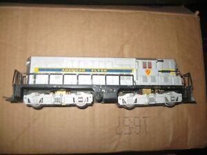 AMERICAN FLYER TRAIN SET LOT