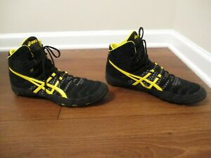 Used Worn Size 13 Asics Dan Gable Ultimate 4 Wrestling Shoes J500Y Black Yellow