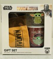 Star Wars The Mandalorian Baby Yoda Gift Set Mug Keychain Socks NEW
