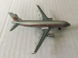DragonWings  Air Canada  A319-100  C-FZUH  55189  1:400 Scale Diecast Model