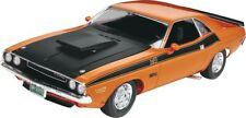 70 Dodge Challenger 2 N 1 1:24 Plastic Model Kit REVELL