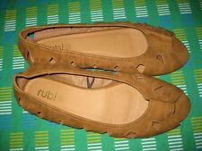 LADIES BROWN CASUAL FLATS SIZE 39