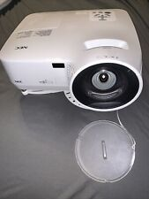 NEC NP610S LCD Projector VGA DVI S-Video 2600 Lumens 1024x768 Mounting Hardware