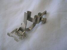 Rare original NECCHI Lydia 542/544 MK2 machine à coudre bouton Trou Pied