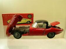 TEKNO DENMARK No. 927-171 JAGUAR E-TYPE RED-BLACK TOP +  BOX SCALE 1:43