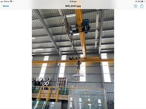 DAMAG 5T. GANTRY CRANE