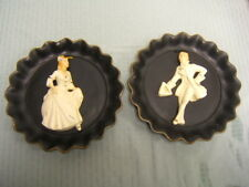 "Universal Statuary Pair of Collector Plates w/3D French Figures 9-1/2"" diam"