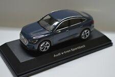 1:43 Modellauto Audi e-tron e tron Sportback Plasmablau. NEU