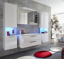 Badmöbelsets aus matt lackierten MDF -/Spanplatten in aktuellem Design