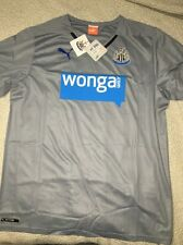 PUMA NEW CASTLE AWAY JERSEY,LARGE,NWT BARGAIN!!