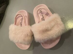Baby Girls Size 6 Pink Fluffy Sandals
