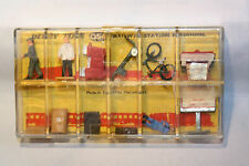 Dinky Toys 054 Railway Station Personnel, 12 pieces inside super mint in box