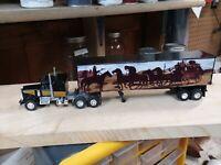 1/64 die castKenworth Custom made Smokey and The Bandit Tractor Trailer