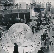 BRUXELLES c. 1958 -Expo Universelle Intérieur Pavillon France Belgique -Div 5901