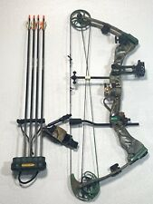 Bear Instinct Compound Bow and 4 Arrows 70 # Pound Right Hand